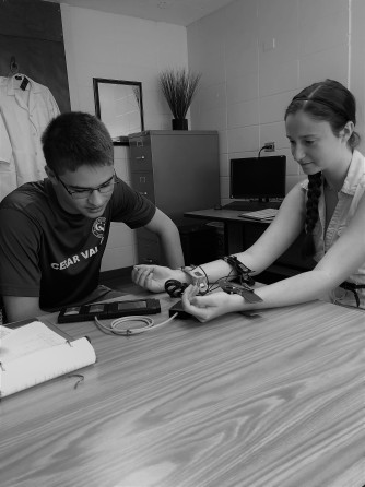 Students using NeuLog equipment